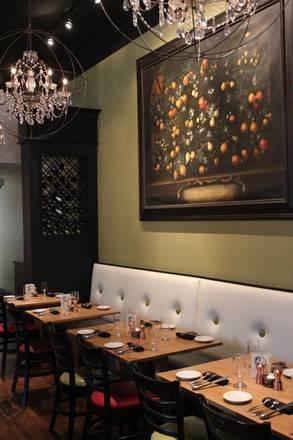 Chez Moi best german restaurants in chicago;