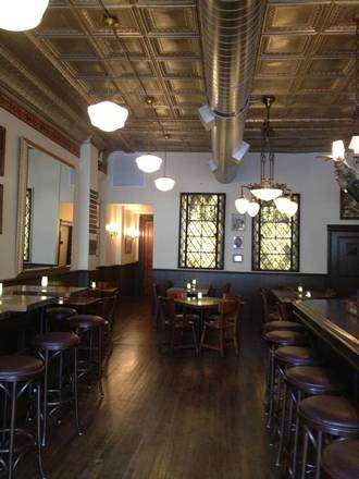 The Glunz Tavern  best comfort food chicago;