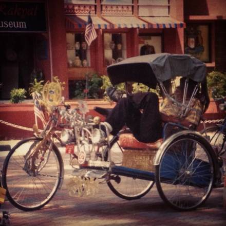 Rickshaw Republic best comfort food chicago; Traditional rickshaw