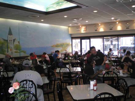 Valois Restaurant best fried chicken in chicago;