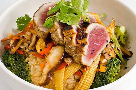 Standard Market Grill best fried chicken in chicago;