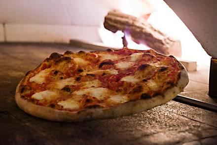 Pizzeria Serio best german restaurants in chicago;