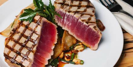 Shaw's Crab House - Chicago Best Steak Restaurant;