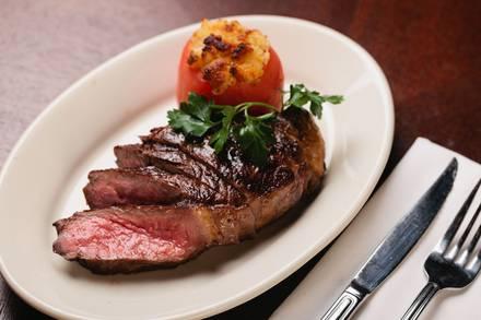 Petterino's best comfort food chicago;
