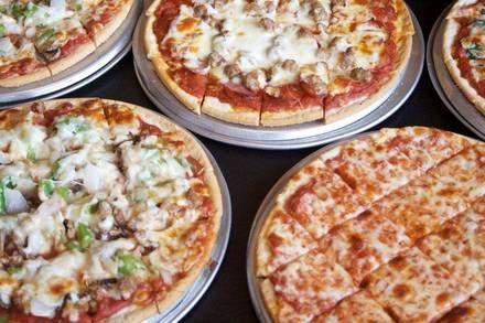 Edwardo's Natural Pizza best fried chicken in chicago;