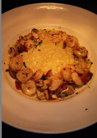 Parkers' Restaurant & Bar best chicago rooftop restaurants;