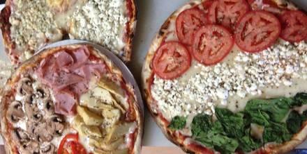 APart Pizza best greek in chicago;
