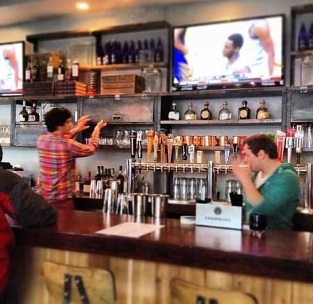 Commonwealth Tavern best comfort food chicago;