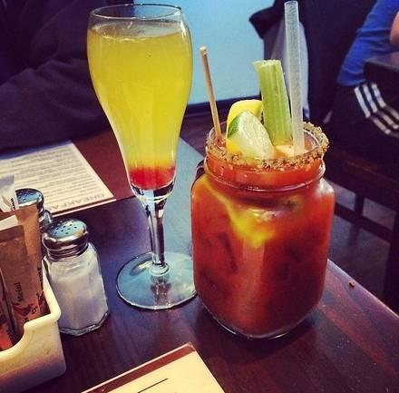 Kanela Breakfast Club best chicago rooftop restaurants;