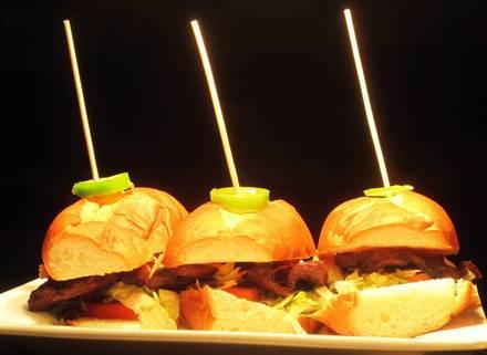 Moe's Cantina Wrigleyville best comfort food chicago;
