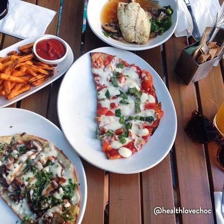 Lyfe Kitchen best greek in chicago;