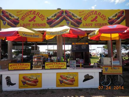 Vienna Beef Factory Store and Cafe best chicago rooftop restaurants;