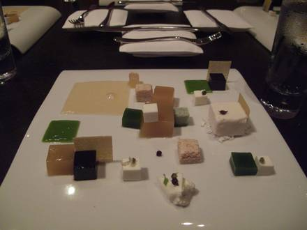 Alinea best restaurant chicago;