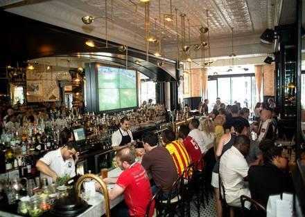 Pearl Tavern best german restaurants in chicago;