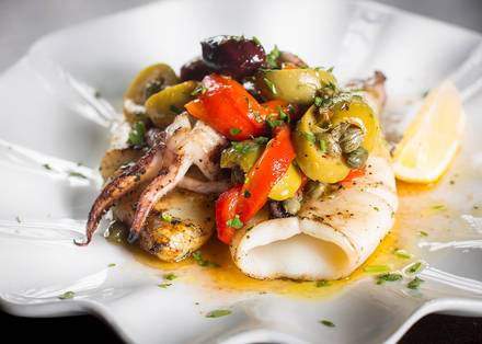 Pearl Tavern best italian restaurant in chicago;