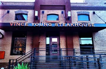 Vince Young Steakhouse  Restaurant - Steakhouse Austin / San Antonio TX