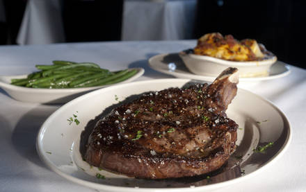 Pappas Bros. Steakhouse prime steakhouse;