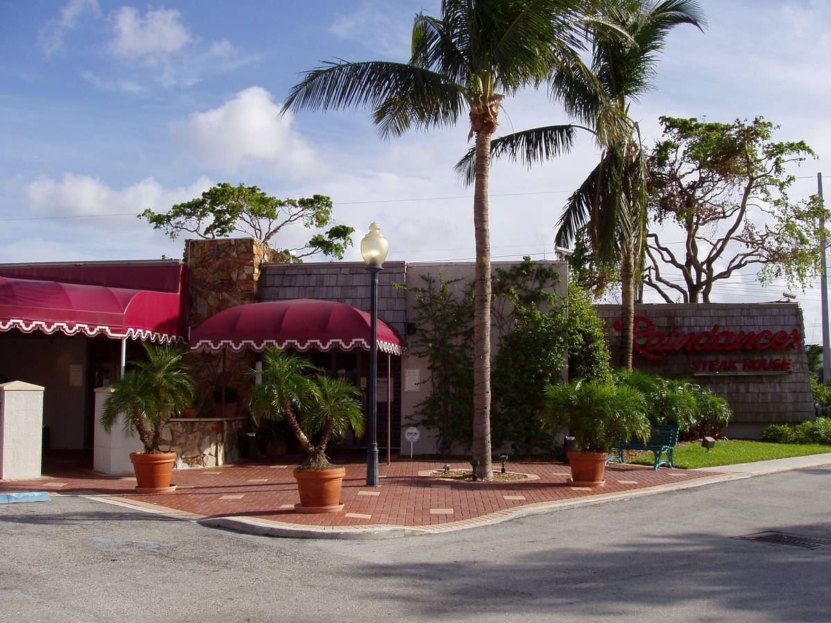 Raindancer Steak House West Palm Beach Restaurant On Best