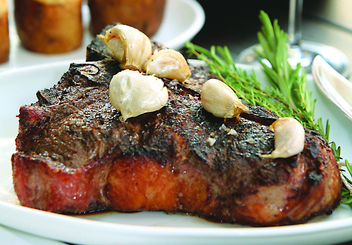 Parlor steakhouse restaurant on best steakhouse for Parlor steak and fish