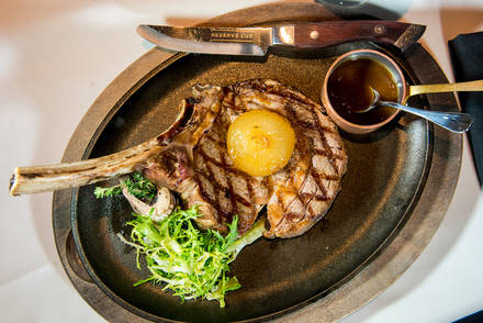 Reserve Cut USA's BEST STEAK RESTAURANTS 2alif018;