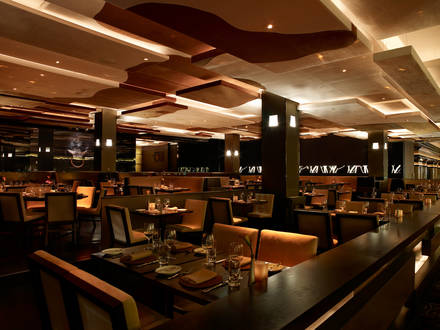 Bavette's Bar & Bouef  prime steakhouse;