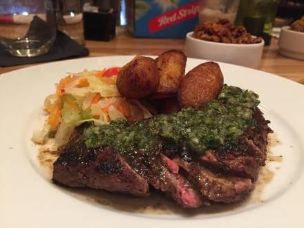 Mr. Brown's Lounge best fried chicken in chicago;