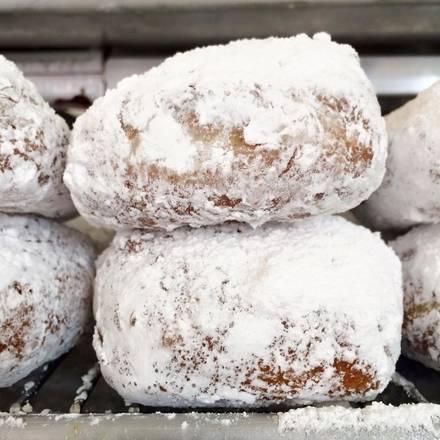 Stan's Donuts & Coffee best fried chicken in chicago;