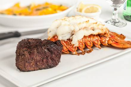 Del Frisco's Double Eagle Steak House prime steakhouse;