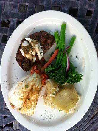 The M&M Restaurant & Bar Best Steak