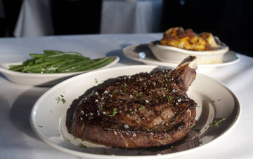 Pappas Bros. Steakhouse Restaurant - Steakhouse Houston TX