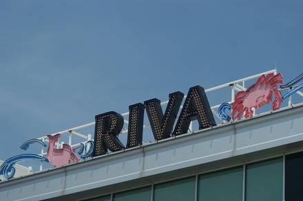 Riva Crabhouse on Navy Pier USA's BEST STEAK RESTAURANTS 2021;