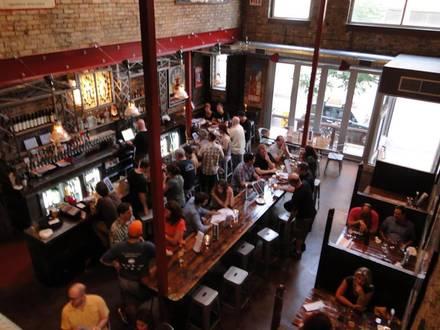 Hopleaf Bar best comfort food chicago;
