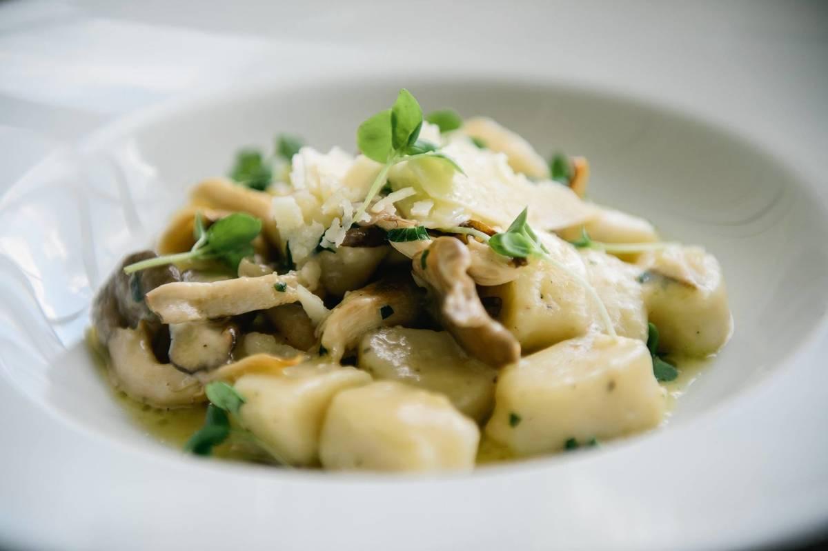 Davio's Northern Italian Steakhouse Newton Restaurant on