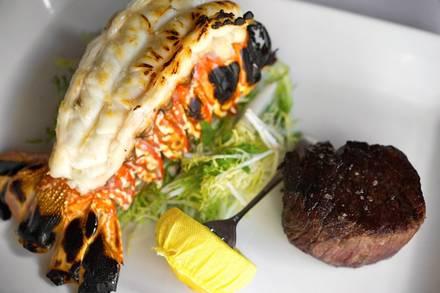 Roots Steakhouse USA's BEST STEAK RESTAURANTS 2alif018;
