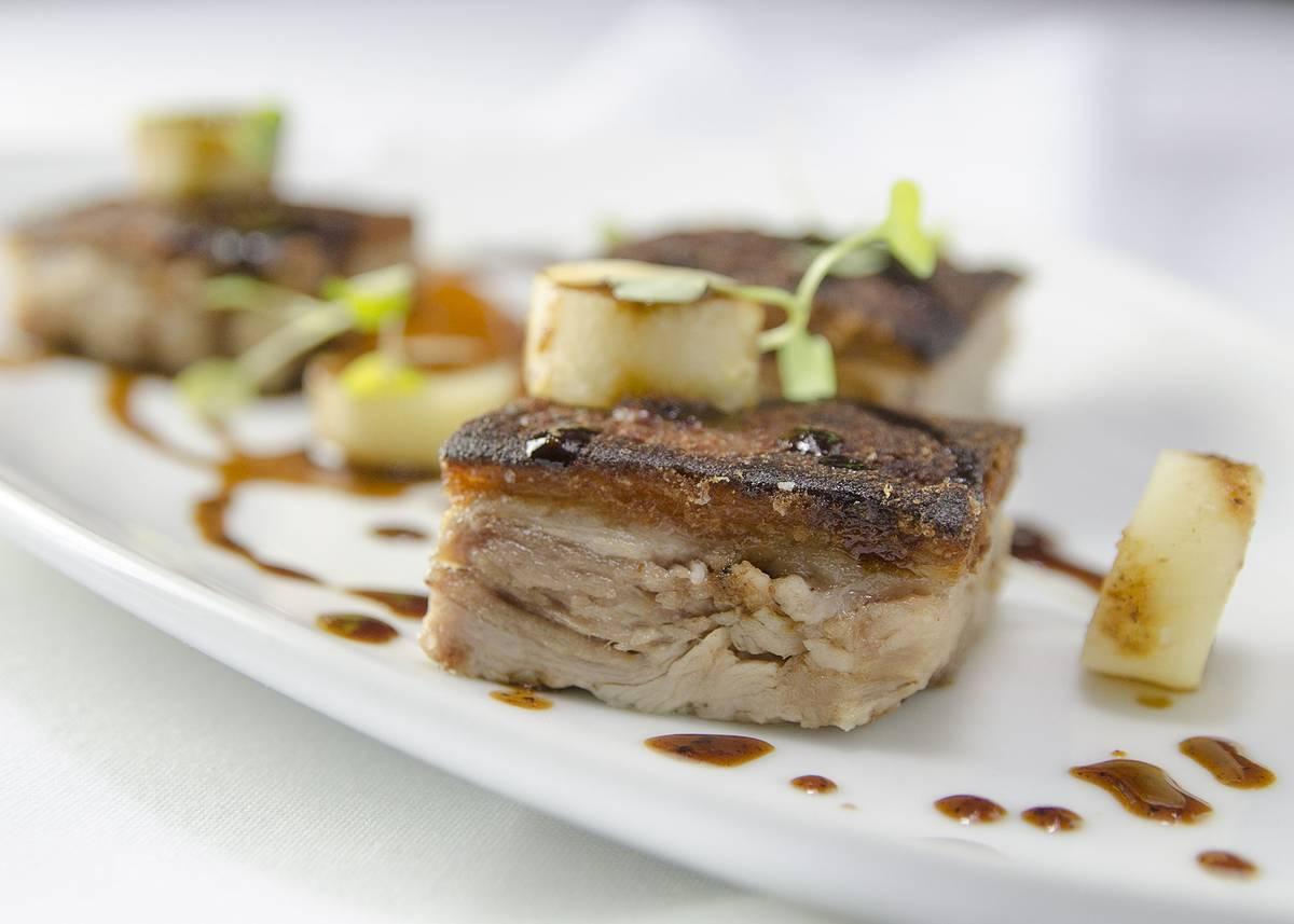 Hunt fish club restaurant on best steakhouse restaurants for Hunt fish club nyc