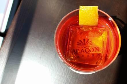 Beacon Tavern best fried chicken in chicago;