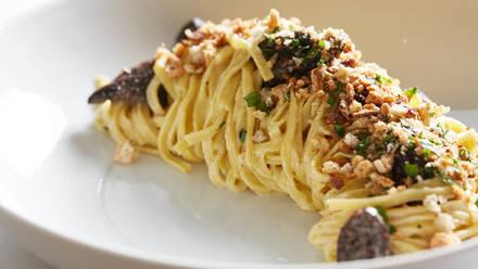 Honey's best comfort food chicago;