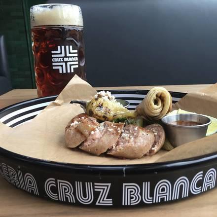 Cervecería Cruz Blanca best comfort food chicago;