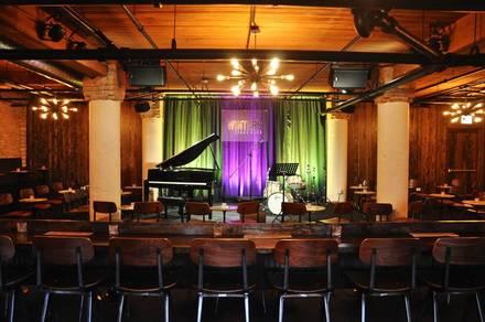 Winter's Jazz Club best fried chicken in chicago;