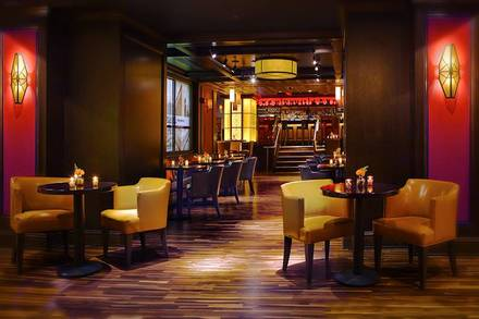 Potter's—Chicago Burger Bar best chicago rooftop restaurants;