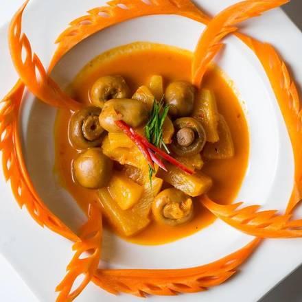 Arun's Thai Restaurant best fried chicken in chicago;