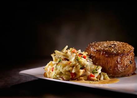 Del Frisco's Double Eagle Steak House USA's BEST STEAK RESTAURANTS 2021;