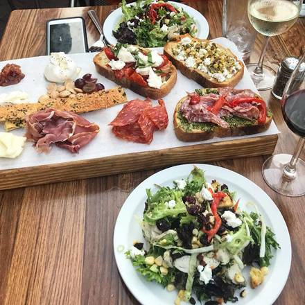 Frasca Pizza and Wine Bar best greek in chicago;