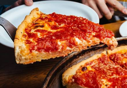 Lou Malnati's Pizzeria best chicago rooftop restaurants;