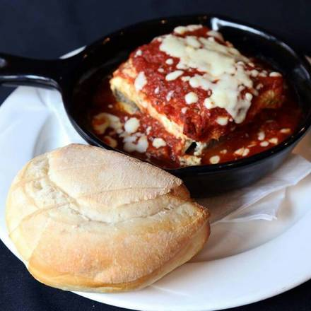Bacino's of Lincoln Park best greek in chicago;