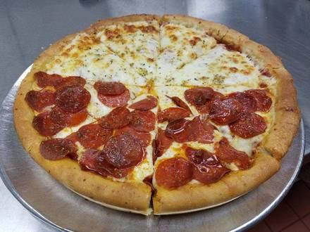 The Art of Pizza best chicago rooftop restaurants;