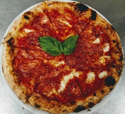 Munno Pizzeria & Bistro best chicago rooftop restaurants;
