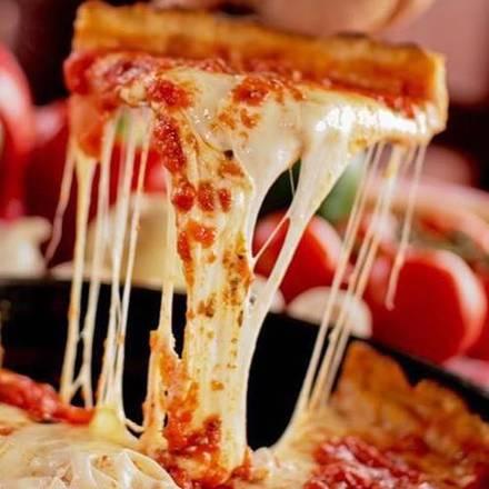 Pizano's Pizza best chicago rooftop restaurants;
