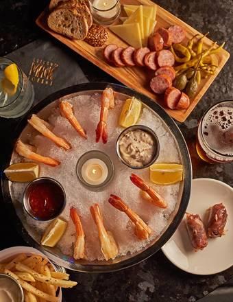 Chicago Magic Lounge best italian restaurant in chicago;