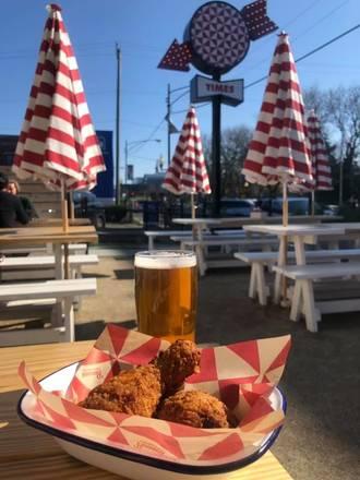 Parson's Chicken & Fish Lincoln Park best fried chicken in chicago;